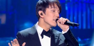 Meet the most popular Kazakh singer in China who stuns the world